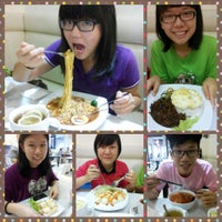 Photo taken at Toast's Garden Cafe by Jia Yi C. on 4/11/2014