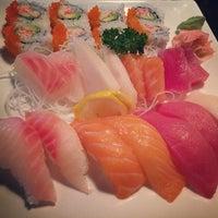 Photo prise au Asuka Japanese Restaurant par Frances S. le3/22/2014