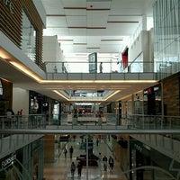 Foto tomada en Mall Multiplaza Pacific por Luis V. el 6/27/2013
