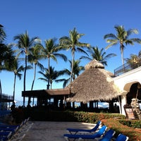 Photo taken at Hotel Playa Los Arcos by Olav A. W. on 1/9/2013