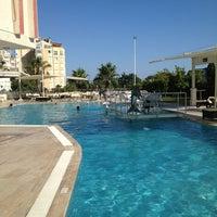 6/10/2013 tarihinde 🍁КОТ..!.. Ф.ziyaretçi tarafından Lara World Otel'de çekilen fotoğraf