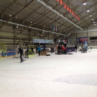 Photo taken at Ледовый Стадион by 🍁КОТ..!.. Ф. on 12/18/2015