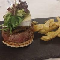 Foto tomada en Restaurante Hierbabuena por Good food B. el 9/25/2017