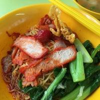 Photo taken at Tanjong Rhu Wanton Noodle by Raymond G. on 3/25/2016