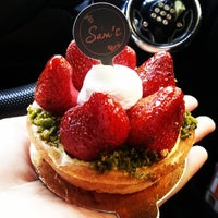 Photo taken at Sam's Patisserie.Boulangerie.Desserts by Silvia F. on 5/28/2013