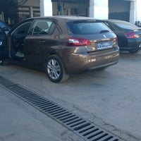 Photo taken at STAFIM PEUGEOT by Walid C. on 12/2/2014