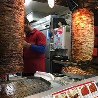 รูปภาพถ่ายที่ Antep Turkish Restaurant & Bar Kader โดย rinux เมื่อ 1/13/2017