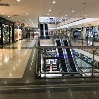 6/6/2017 tarihinde Zu J.ziyaretçi tarafından Majidi Mall'de çekilen fotoğraf