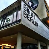 Das Foto wurde bei Bikini Berlin von Özge O. am 4/10/2014 aufgenommen