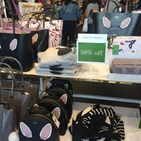 Photo taken at kate spade new york outlet by Robin P. on 10/15/2017