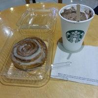Foto diambil di Starbucks oleh Luiz S. pada 7/9/2013