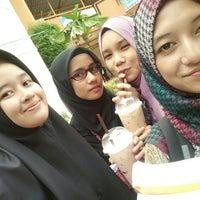 8/3/2016에 Athirah Z.님이 Dewan Jubli Perak Politeknik Kota Bharu에서 찍은 사진