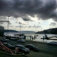 11/16/2012 tarihinde Onur A.ziyaretçi tarafından Fish Var Balıkçı'de çekilen fotoğraf