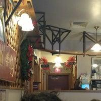 Photo taken at Glen Junction Restaurant by Metin K. on 12/30/2012