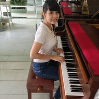 Photo taken at Cầm Hảo Thanh Phòng by Candy T. on 3/22/2013