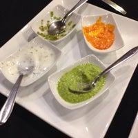 Foto tirada no(a) Restaurante Zaafran por Roberto M. em 3/13/2014