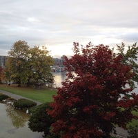 Photo taken at Inn at Laurel Point by Kevin S. on 10/19/2015