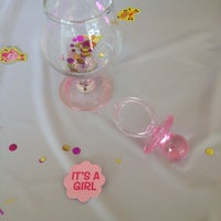 Photo taken at Camilles Sidewalk Cafe by Patricia R. on 6/1/2014