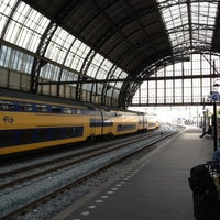 Photo taken at Spoor 13 by Ed G. on 10/2/2012