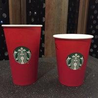 11/14/2015 tarihinde Anar A.ziyaretçi tarafından Starbucks'de çekilen fotoğraf
