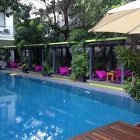 Photo taken at The 252 Hotel, Phnom Penh by Verlene on 9/22/2014