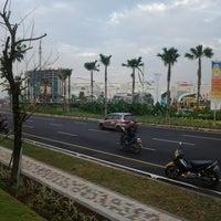 Photo taken at Summarecon Mal Bekasi by Tedy I. on 7/22/2013