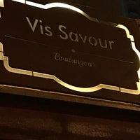 Foto tirada no(a) Vis Savour Boulangerie por Ana N. em 4/30/2018