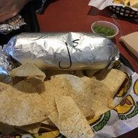 Снимок сделан в Moe's Southwest Grill пользователем Lisa M. 2/6/2017