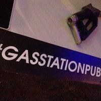 Foto tirada no(a) Gas Station Pub por André D. em 12/6/2013