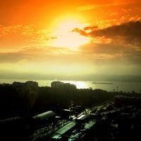 2/5/2013 tarihinde Didem B.ziyaretçi tarafından Hilton Istanbul Executive Lounge'de çekilen fotoğraf