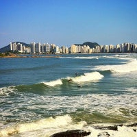 Photo taken at Surf Spot Canto do Maluf by inominado on 6/9/2013