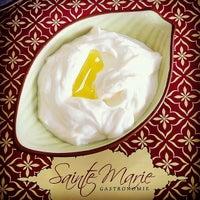 Photo taken at Sainte Marie Gastronomia by inominado on 1/11/2013