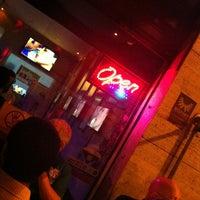 Foto tirada no(a) Soda Pop Bar por George em 12/2/2012