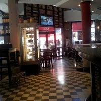 Foto tomada en Pizzería Imperio por Nacho el 1/22/2013
