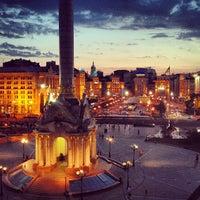 Снимок сделан в Майдан Незалежности пользователем Maslo A. 6/16/2013