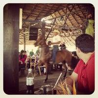 Foto tomada en Restaurante La Tinaja por Juliana L. el 1/20/2013