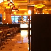 Photo taken at The Cheesecake Factory by Gabriela A. on 11/11/2012