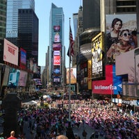 Das Foto wurde bei W New York - Times Square von Sgambetterra F. am 6/21/2013 aufgenommen