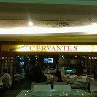 รูปภาพถ่ายที่ Cervantes โดย Renato L. เมื่อ 10/9/2012
