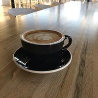 Foto tirada no(a) Vesta Coffee Roasters por Susie B. em 2/24/2017