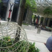 Foto tirada no(a) Shopping D&D por Rodrigo C. em 12/13/2012