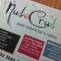 Foto scattata a Nud e Crud da Laura T. il 2/16/2013