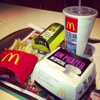 Foto tirada no(a) McDonald's por Diego C. em 1/27/2013