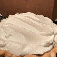 5/15/2018 tarihinde Alex S.ziyaretçi tarafından Butter Love Bakeshop'de çekilen fotoğraf