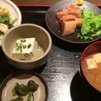 Photo taken at 丸の内 旬・彩・食・房~雅~ by hirozo on 8/27/2015