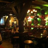 Das Foto wurde bei Molly Malone's Irish Pub von Matheus C. am 1/1/2013 aufgenommen