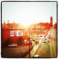 Das Foto wurde bei Atlanta BeltLine Corridor over North Ave von Amanda R. am 2/16/2013 aufgenommen