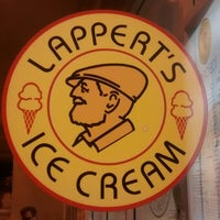 Photo taken at Lappert's Ice Cream by Winnie R. on 2/15/2015