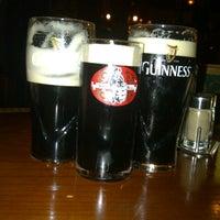 Foto diambil di Джон Булл Паб / John Bull Pub oleh Yana pada 10/5/2012