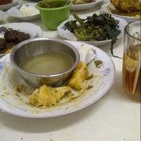 Photo taken at RM Padang Mini Indah by detryas_ I. on 5/8/2013